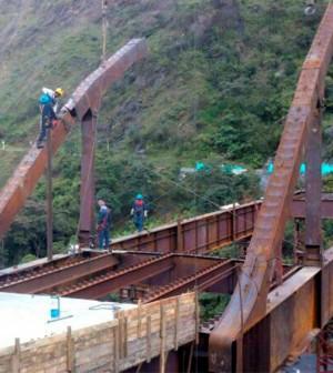 puente de Saraconcho, tramo La Lupa –Bolívar, al sur del Cauca.