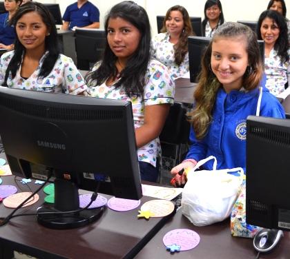 El Centro de Servicios y Capacitación Comfacauca, trabaja en el proceso para la acreditación de los programas  laborales Técnico en Asistencia en Organización de Archivos, Atención Integral a la Primera Infancia y Técnico en Sistemas.