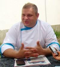 Quisiera continuar con proyectos sociales, porque veo que puedo aportar mucho más a través de mi arte, dice el chef Simon Bühler.