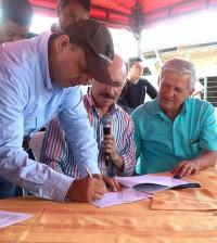 Firma_contratos_1_Pavimentaciu00F3n_Caldono