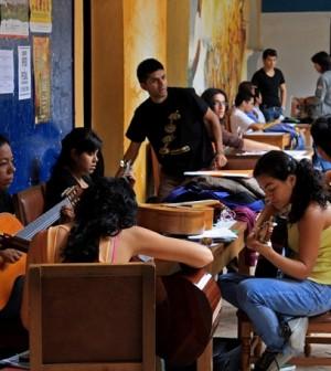 Foto estudiantes Facultad de Artes (1)