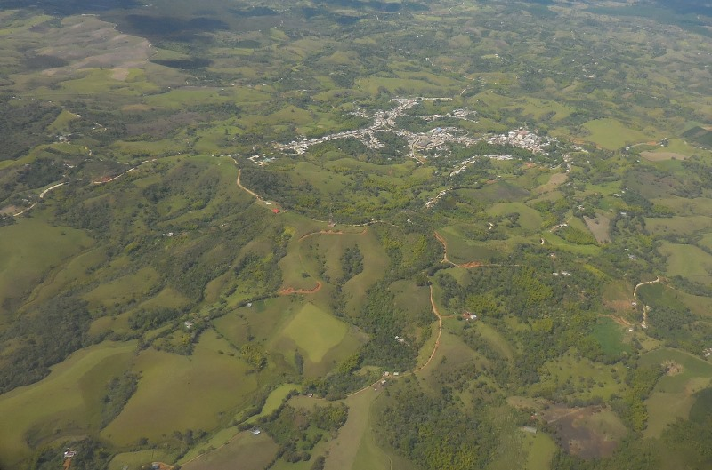 La capital del Cauca pertenece a una gran región, como es la meseta de Popayán con influencia directa del Océano Pacífico, del Macizo Colombiano y de la selva Amazónica.