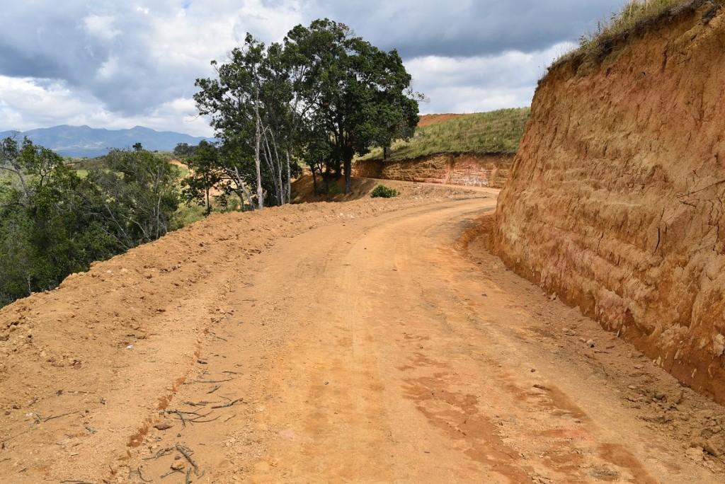 Riveras de Palacé dispone de vías internas que recorren toda la copropiedad.