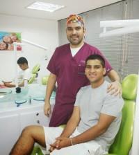 Guillermo David y su paciente (1)