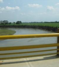 Río Cauca puente Guillermo León Valencia