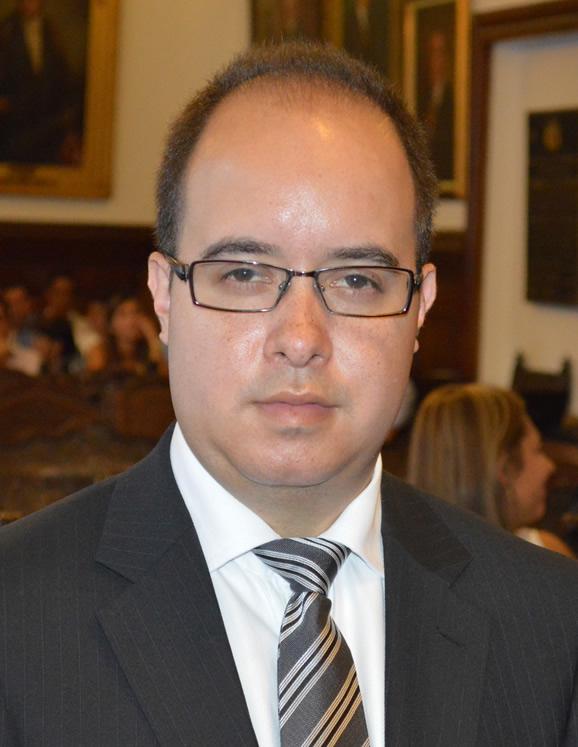 Víctor Andrés Rodríguez Parra, jefe de la oficina Asesora Jurídica del Municipio de Popayán, acusado por el delito de prevaricato por acción.