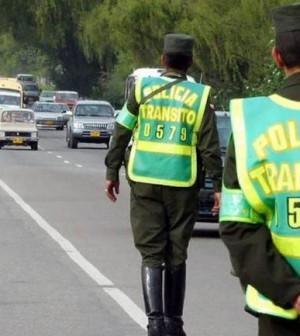Policía en carreteras (2)