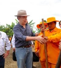 Ministro Cardona_Presidente Santos