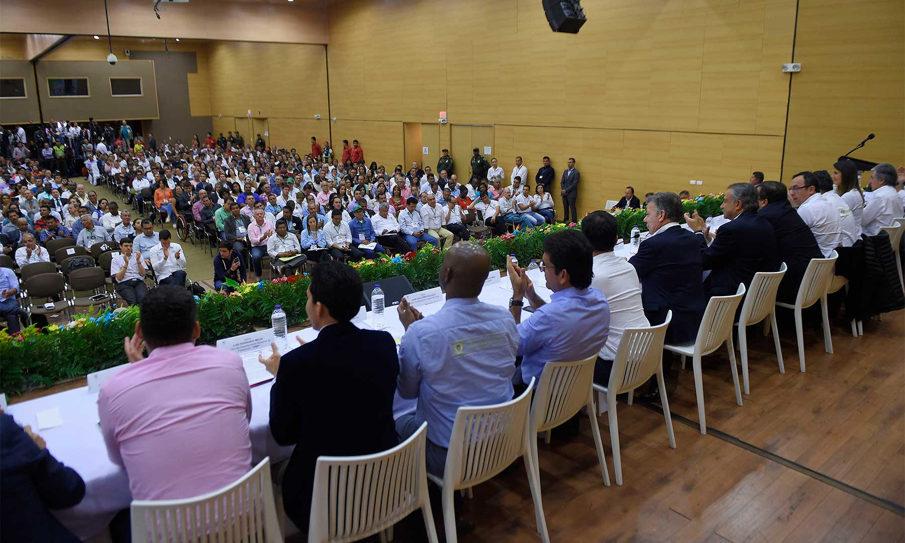 Reunión del presidente Santos con organizaciones sociales y gremios en Popayán.