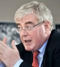 Eamon Gilmore- enviado especial UE